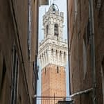 Torre del Manga, Siena - a megszokott látvány szokatlan szemszögből