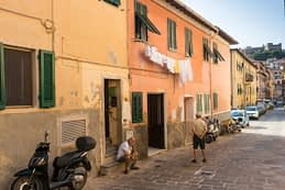 Portoferraio (Isola d'Elba) - backstreet photography by Phototrip