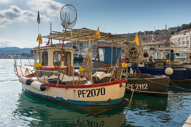Portoferraio (Isola d'Elba) - mert utazás közben egy szép hajót minden kikötőben fotózni kell